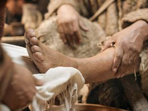 YHshua washing feet
