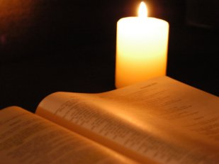 bible-by-candlelight