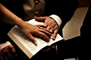 Bible Husb n Wife hands
