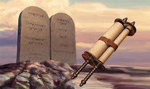 Scroll and talbets comandments